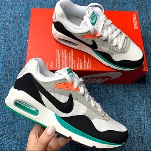 NIB Nike Air Max Correlate Sneakers Green Mango